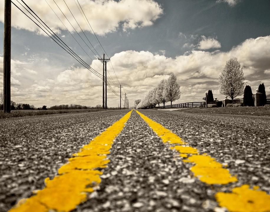Se inaugura la primera carretera eléctrica