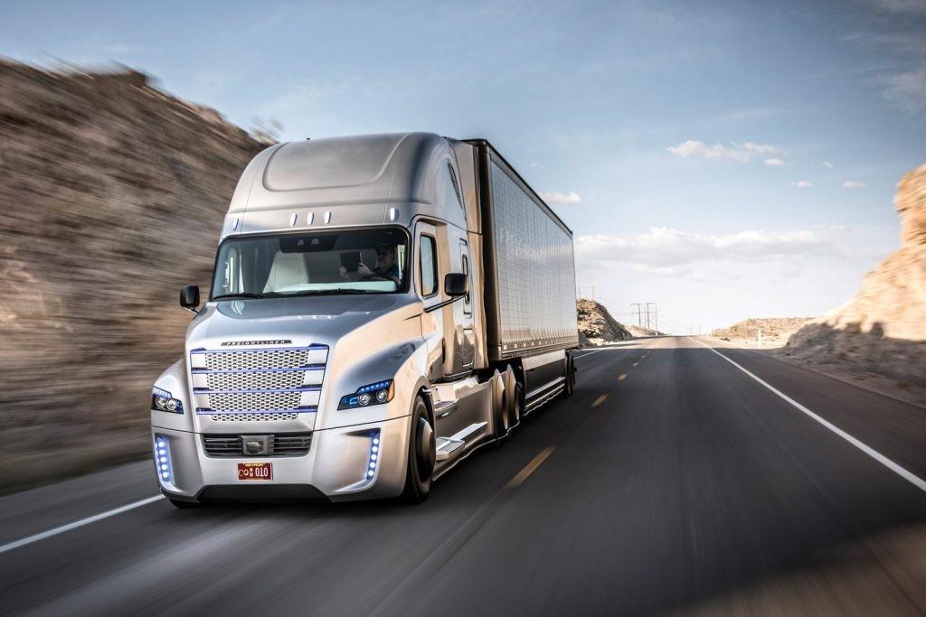 Motorbranche trifft sich um über den Transport der Zukunft zu diskutieren