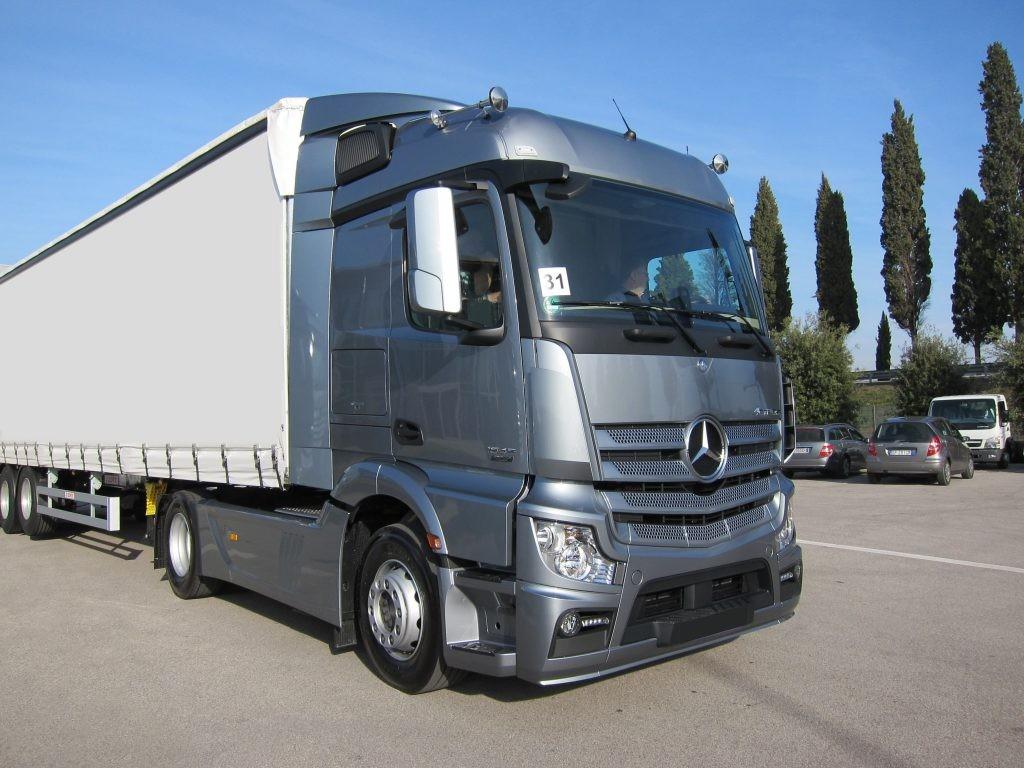 Mercedes-Benz präsentiert in der IAA einige Neuheiten für mehr Effizienz
