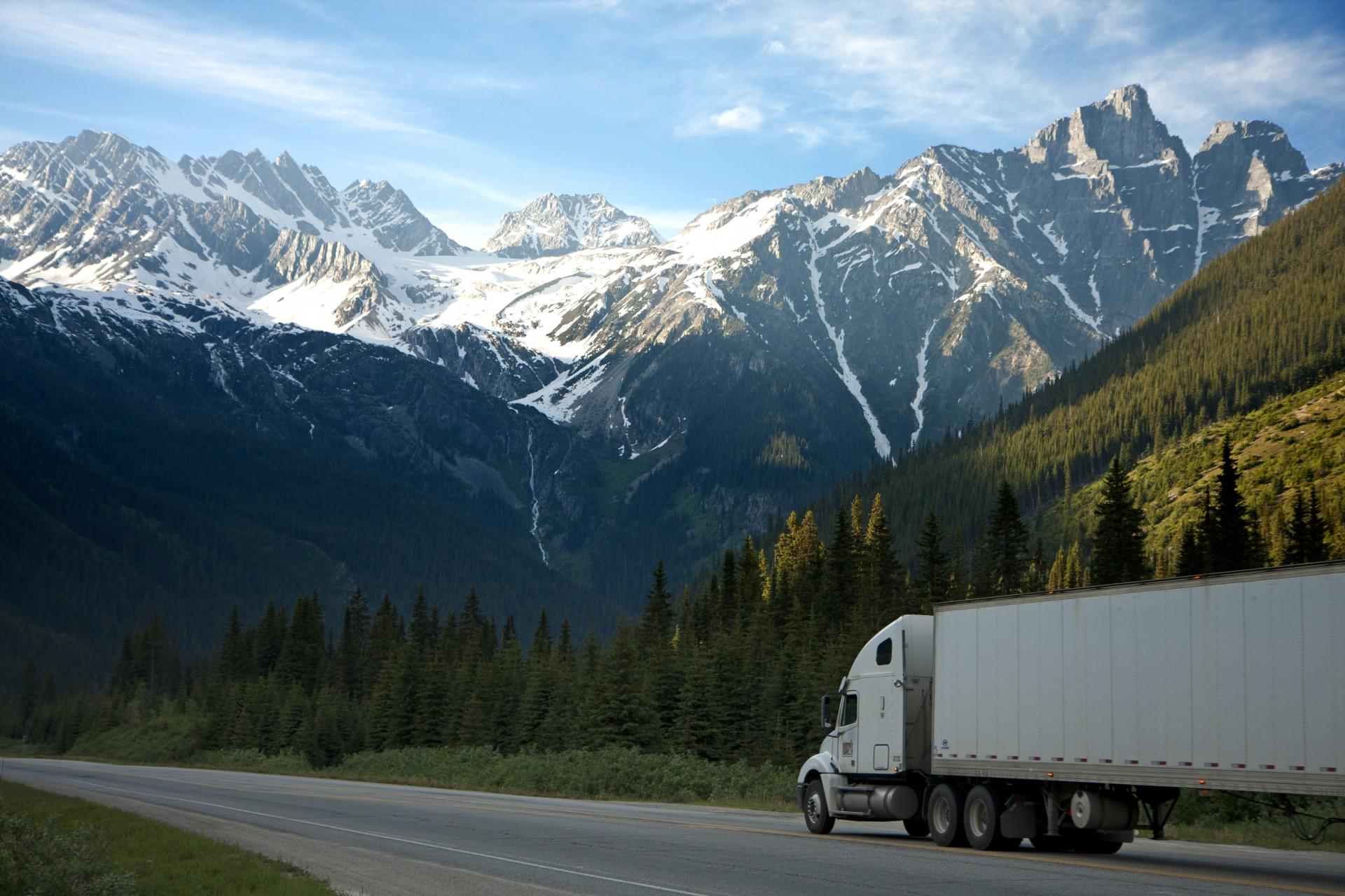 Aumenta la demanda del transporte internacional de mercancías